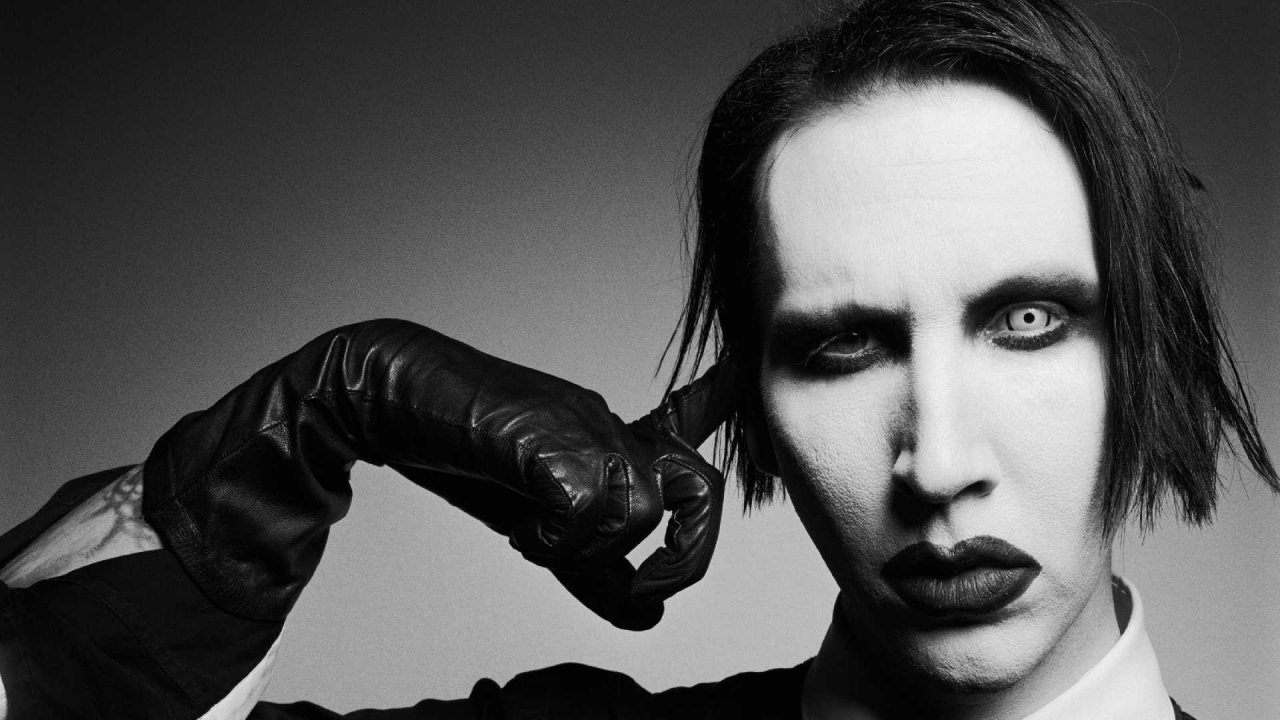 Marilyn Manson Heaven Upside Down article preview, Marilyn Manson, Brian Hugh Warner, Paul Wiley, Gil Sharone,Twiggy Ramirez, We Know Where You Fucking Live, Say10, Heaven Upside Down, Loma Vista Recordings, Caroline International, Antichrist Superstar, Trent Reznor, Tyler Bates, Mr. Superstar, Born Villain, Flowers of Evil, The Pale Emperor, Marilyn Manson new song, Marilyn Manson new album, Revelation #12, Tattooed in Reverse, We Know Where You Fucking Live, Say10, Kill4Me, Saturnalia, Je$u$ Cri$i$, Blood Honey, Heaven Upside Down, Treats of Romance, KILL4ME, Industrial metal, Alternative metal, Hard rock, Gothic rock, Gothic metal, antichrist, sickandsound, Marylin Manson new album review, Heaven upside Down review, Artists, Albums