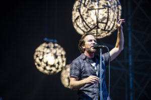 Pearl Jam Padova 2018 Eddie Vedder, Pearl Jam, Pearl Jam band, grunge, alternative rock, alternative metal, post-grunge, Eddie Vedder, Stone Gossard, Mike McCready, Jeff Ament, Matt Cameron, Ten, Vs.,Vitalogy, No Code, Yield, Binaural, Riot Act, Pearl Jam album, Backspacer, Lightning Bolt, Pearl Jam Stadio Euganeo Padova 24 giugno 2018, Pearl Jam live Padova 24 giugno 2018, Pearl Jam Padova 24 giugno 2018 live report, Pearl Jam Live Report Verona, Pearl Jam European Tour 2018, sickandsound, Andrea Ascani, live report, Peral Jam live reports 2018, Pearl Jam concert Italy, Monkeywrench Records, Republic Records, Pearl Jam Stadio Euganeo Padova 24 giugno 2018 recensione, Pearl Jam Verona recensione, Pearl Jam Verona review, Pearl Jam Verona live report, Pearl Jam Padova setlist, Pendulum, Low Light, Last Exit, Do the Evolution, Animal, Corduroy, Given to Fly, Gods' Dice, Not for You, Even Flow, Daughter, Red Mosquito, Mind, Your Manners, Down, Spin the Black Circle, Porch, Elderly Woman Behind the Counter in a Small Town, Inside Job, Once, Better Man, Black, Crazy Mary, Rearviewmirror, Smile, Alive, Baba O'Riley, Indifference